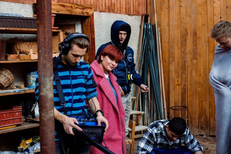 Fotky z natáčania filmu Bytosť - štáb