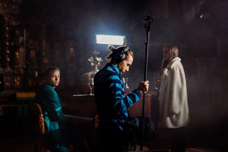 Fotky z natáčania filmu Bytosť, štáb